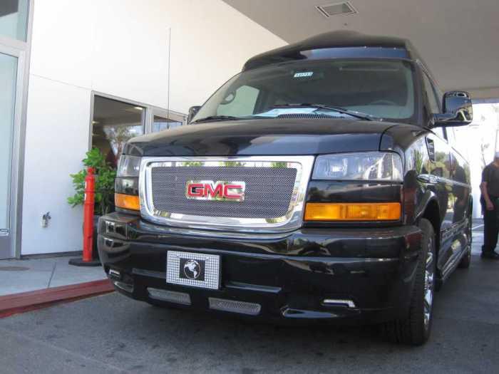GMC SAVANA 2500